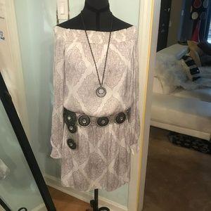 Gray White Silky Long Split Sleeve WHBM Size 4
